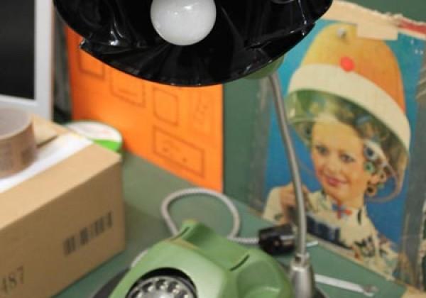 Ein Markenzeichen von »Fraktali«: Das Lampentelefon
