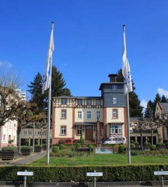Vom Sommerschloss zum Hauptsitz der FES