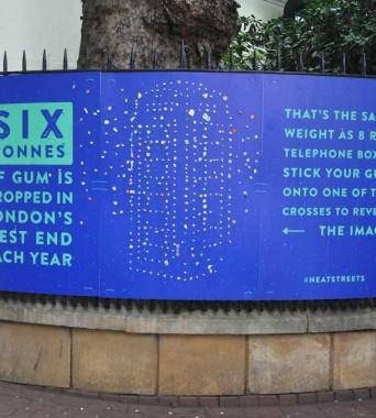 … dem Gewicht von acht Londoner Telefonzellen!